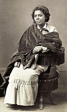 Photograph of sculptor Edmonia Lewis.